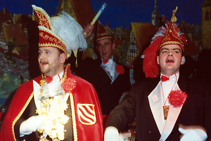 1998 Prinz Thomas I. Schulenberg mit Mundschenk Matthias Fahl
