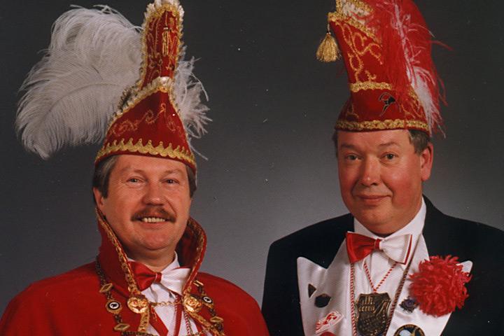 1999 Prinz Wolfgang I. Rudolf mit Mundschenk Reiner Rüchel