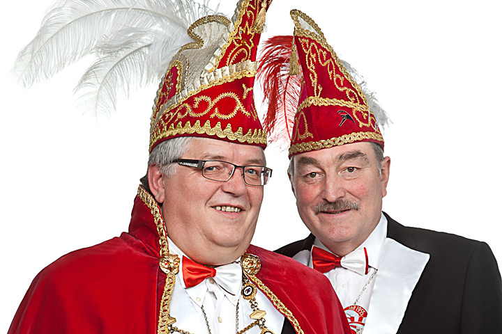2013 - Prinz Flummy I. (Rolf) Brinkmann mit Mundschenk: Manfred Lehmkühler